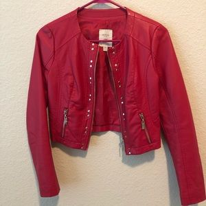 Guess hot pink faux leather jacket cropped